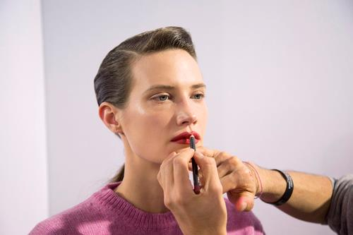 Capelli castani e make up