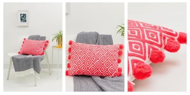 Idee regalo Natale: cuscino con nappe