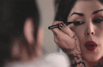 Kat Von d e il suo eye-liner