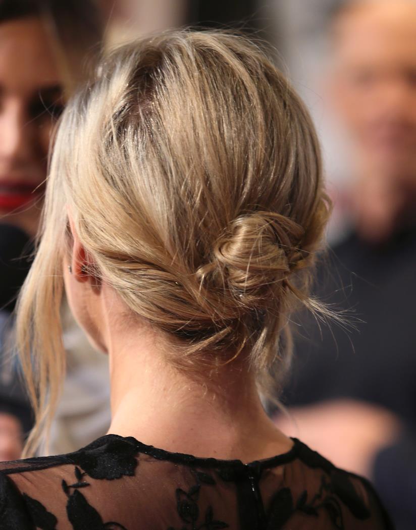 Foto di pettinatura capelli medi