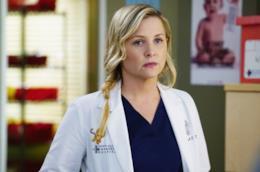 Jessica Capshaw in una scena di Grey's Anatomy