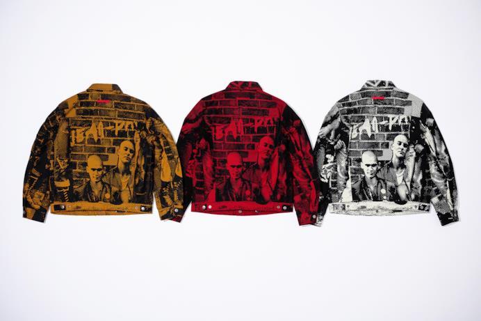 Trucker Jacket con stampa Fuck Racism realizzata in 3 colorazioni Supreme/Gaultier
