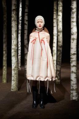 Sfilata MONCLER Collezione Donna Autunno Inverno 19/20 Milano - 96