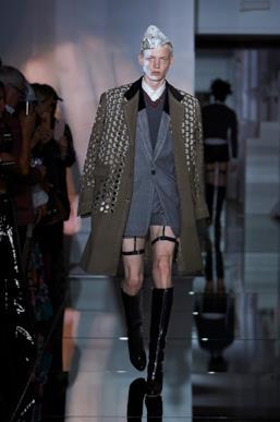 Sfilata MAISON MARGIELA Collezione Alta moda Autunno Inverno 19/20 Parigi - Margiela PO HC RF19 0004