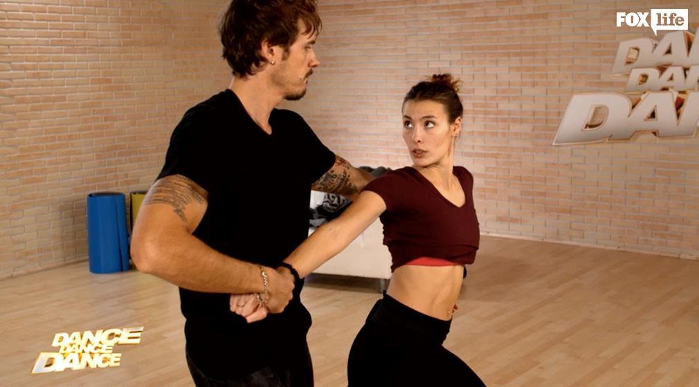 Raniero e Beatrice provano la coreografia dell'ottava sfida serale