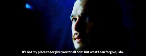 Jon perdona theon