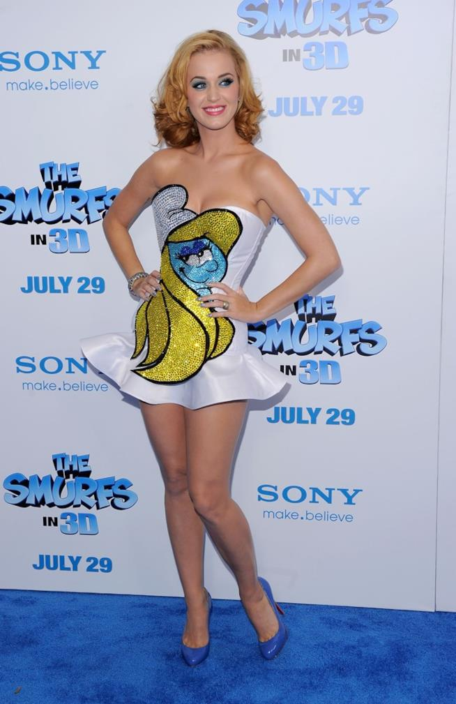 Katy Perry al Ziegfeld Theater di Broadway per la prima dei Puffi