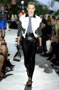 Sfilata LOUIS VUITTON Collezione Donna Primavera Estate 2020 New York - Vuitton Resort PO RS20 0016