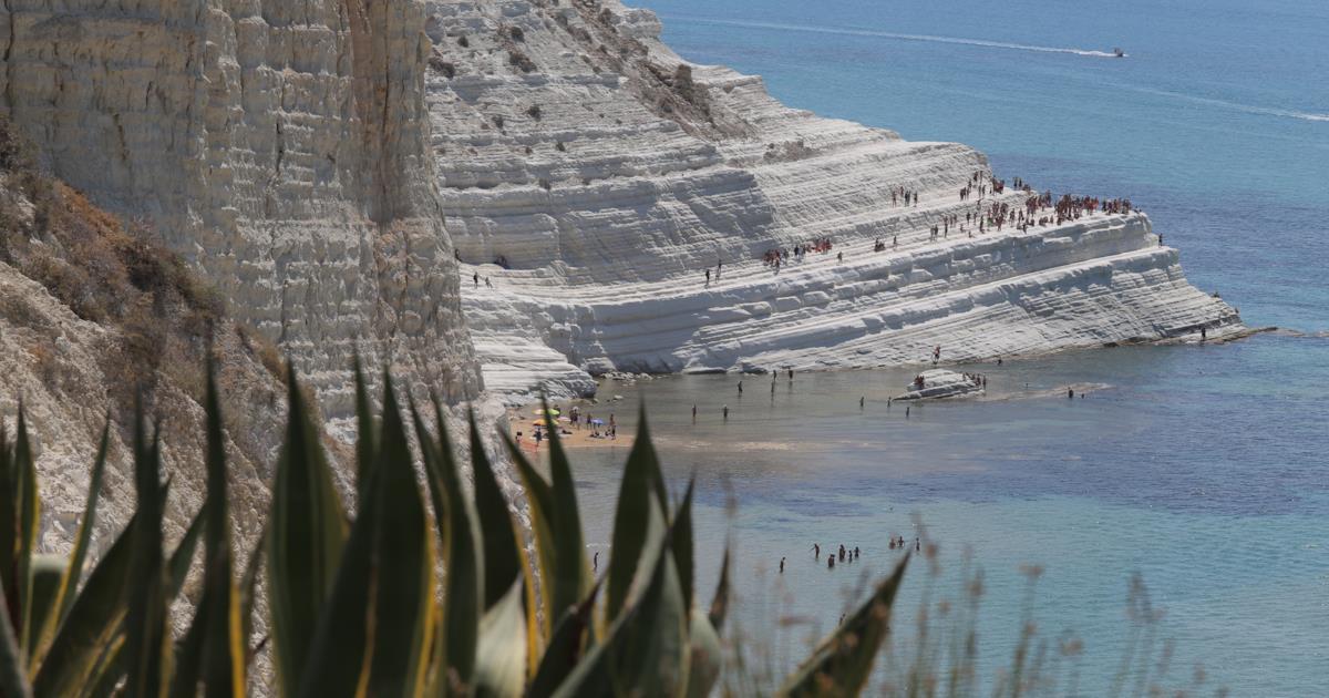 Voglia di mare in primavera: le dieci spiagge più belle dove andare in vacanza