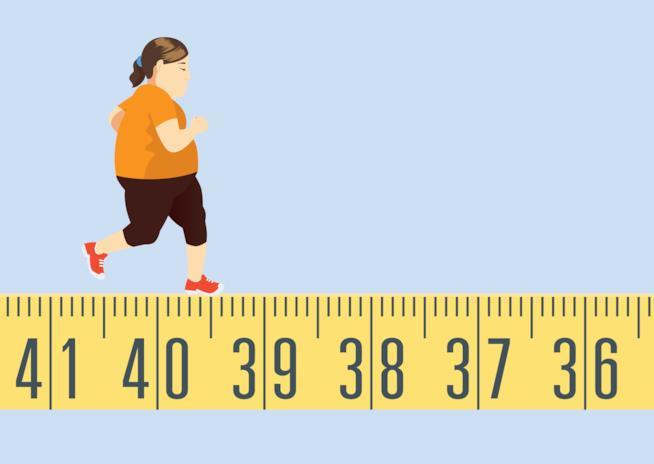 Illustrazione di una donna in sovrappeso che corre lungo un centimetro