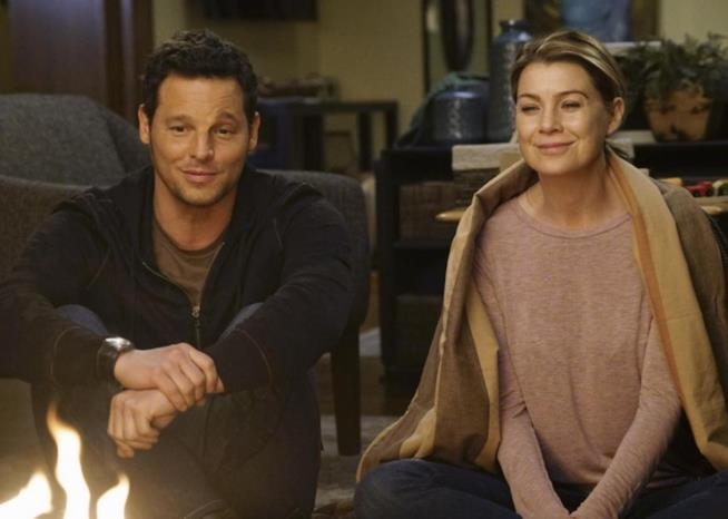 Justin Chambers e Ellen Pompeo in Grey's Anatomy