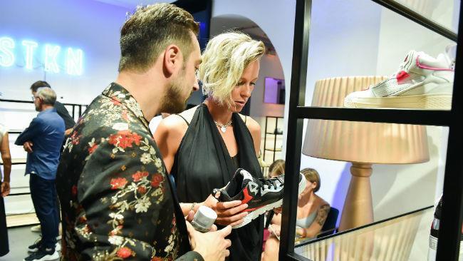 Federica Pellegrini con Fabio Sfienti allo showroom Stockton