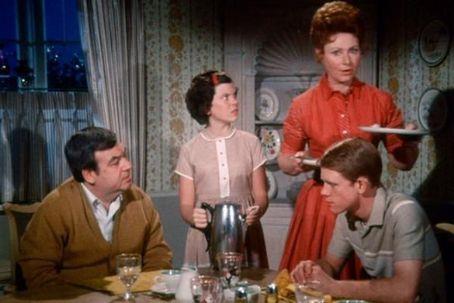 Howard, Marion, Richie e Joanie di Happy Days