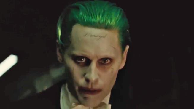 Jared Leto è Joker nel film del 2016 Suicide Squad