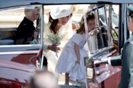 George e Charlotte con Kate Middleton
