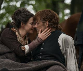 Claire e Jamie in Outlander 4