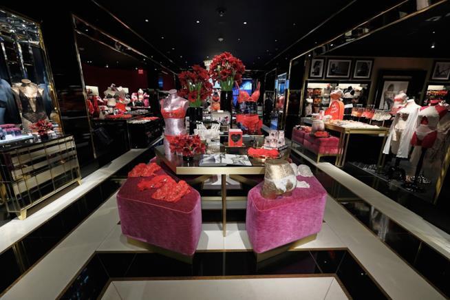L'interno di una boutique di Victoria's Secret