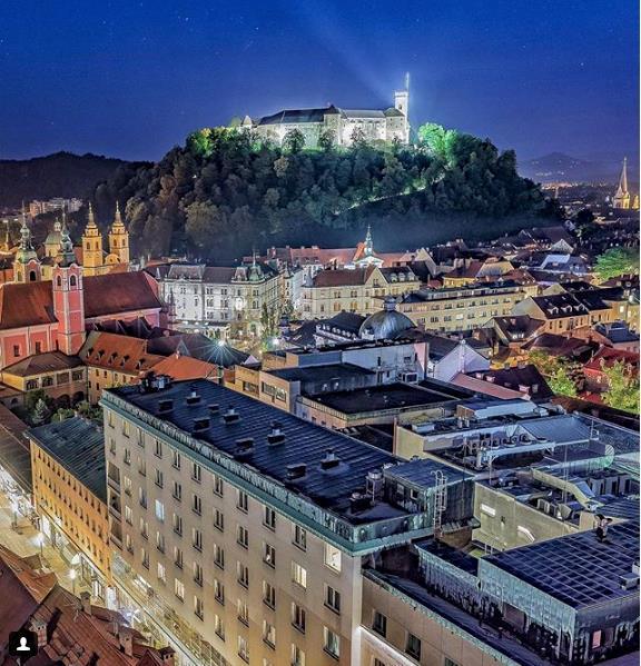 Lubiana, la capitale slovena sormontata dal suo castello