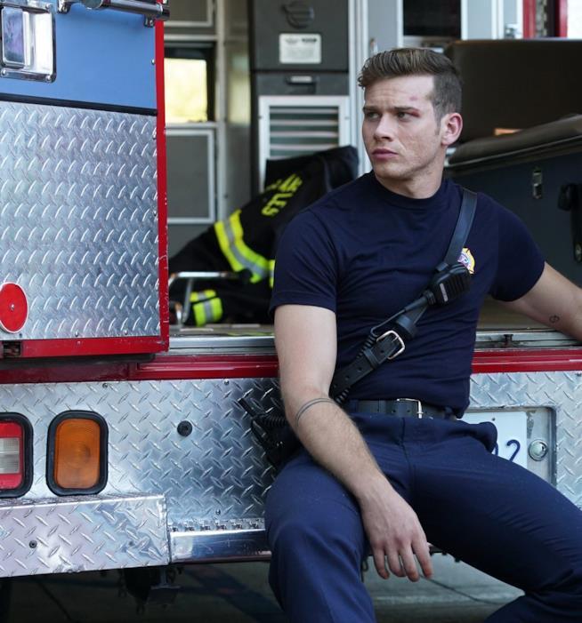 911: Oliver Stark in un'immagine dalla serie
