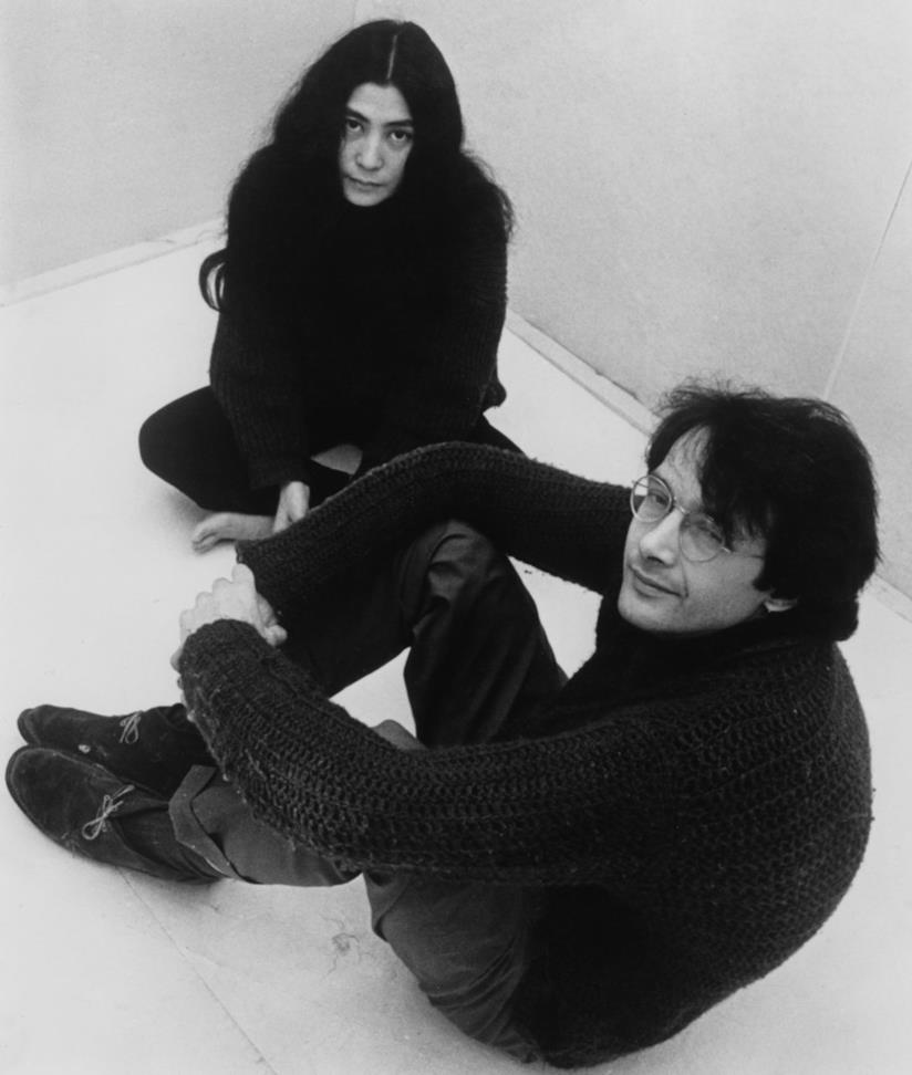 Yoko Ono insieme a John Lennon