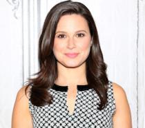 L'attrice Katie Lowes è in attesa del primo figlio