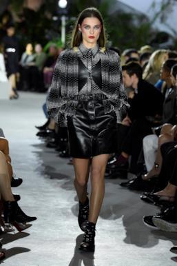 Sfilata LOUIS VUITTON Collezione Donna Primavera Estate 2020 New York - Vuitton Resort PO RS20 0028