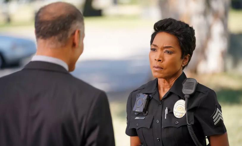 911: un'immagine dall'episodio 2x05
