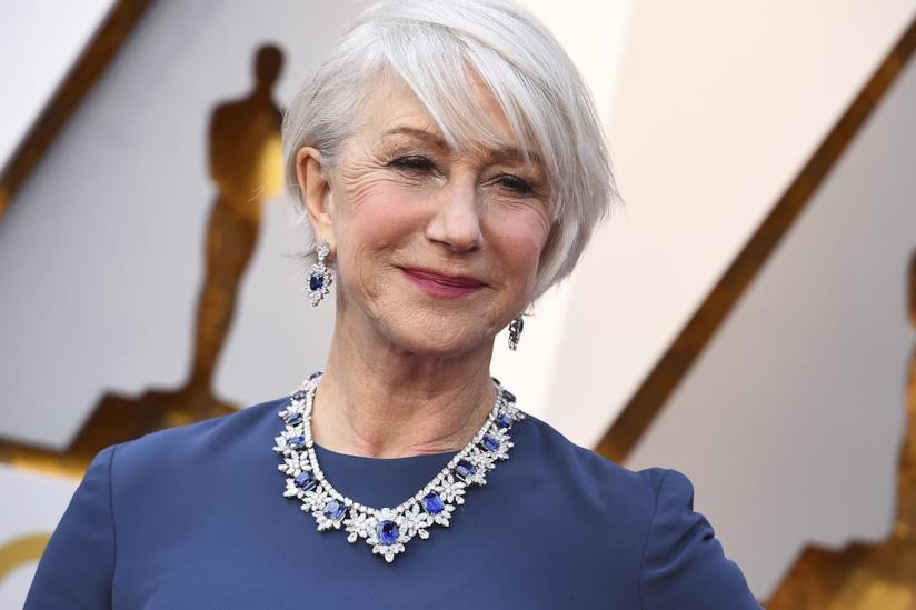 Helen Mirren sul tappeto rosso degli Oscars