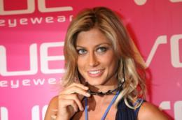 La showgirl Maddalena Corvaglia potrebbe avere avuto un ritorno di fiamma per Enzo Iacchetti