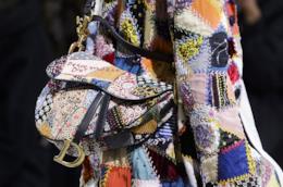 Le borse a spalla più trendy, la saddle bag di Dior