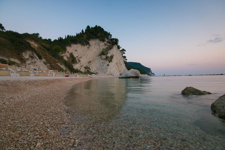 I sassolini della spiaggia dei Frati.