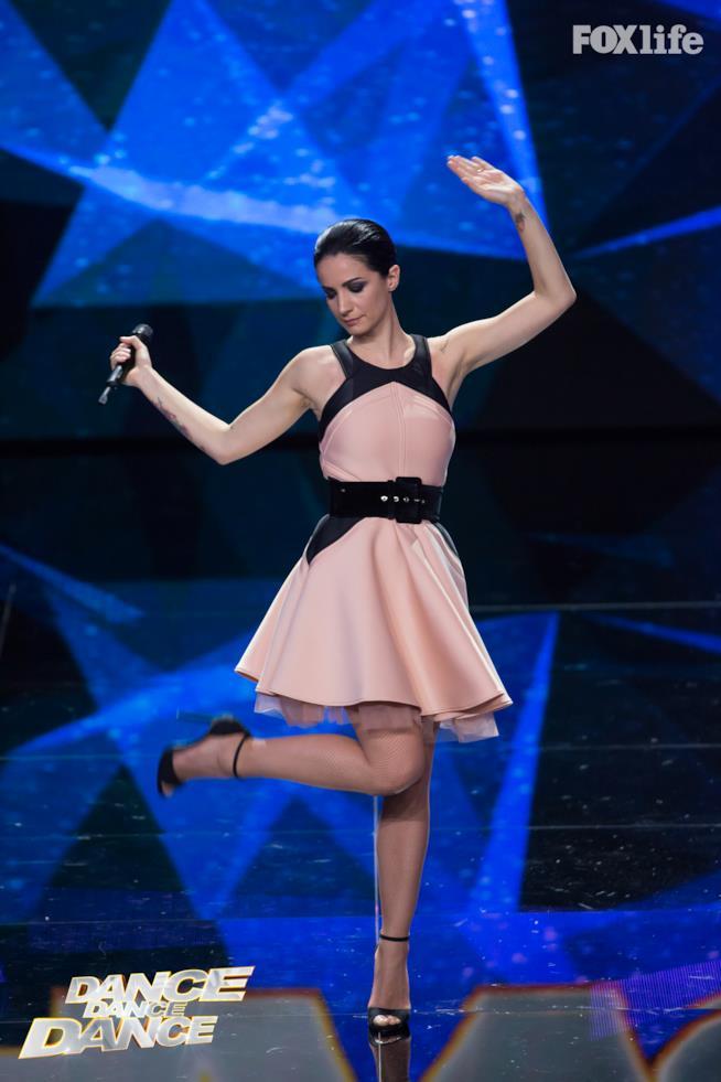Andrea Delogu Dance Dance Dnace