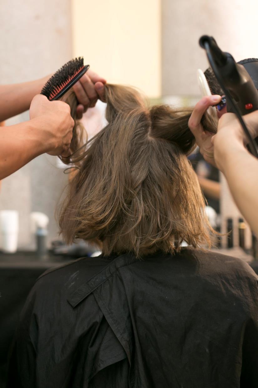 Hairstyle su capelli medi