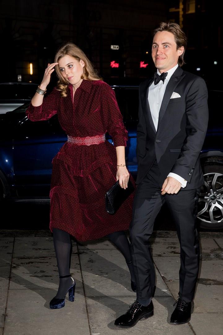 La Principessa Beatrice col fidanzato Edoardo Mapelli Mozzi