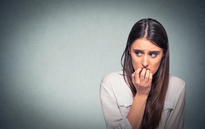 Tachicardia, tremori, contrazioni muscolari sono alcuni dei sintomi dell'ansia