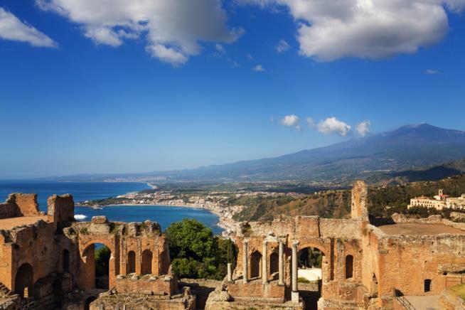 Vista da Taormina, Sicilia.