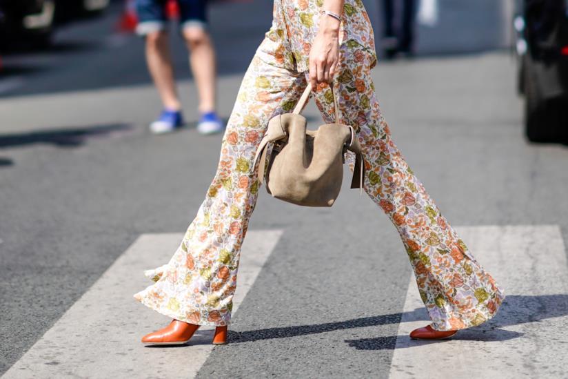 I pantaloni palazzo a fiori più belli