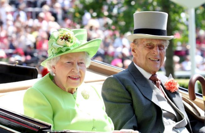 La Regina Elisabetta con il Principe Filippo