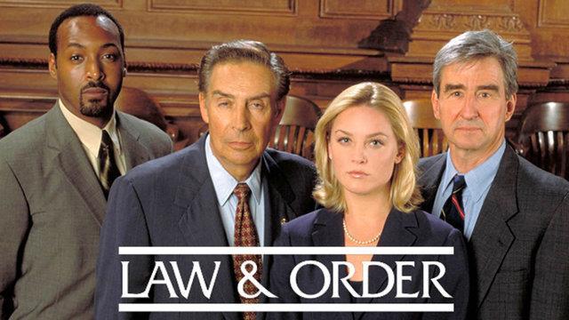 Alcuni protagonisti di Law & Order, longeva serie TV iniziata negli anni '90