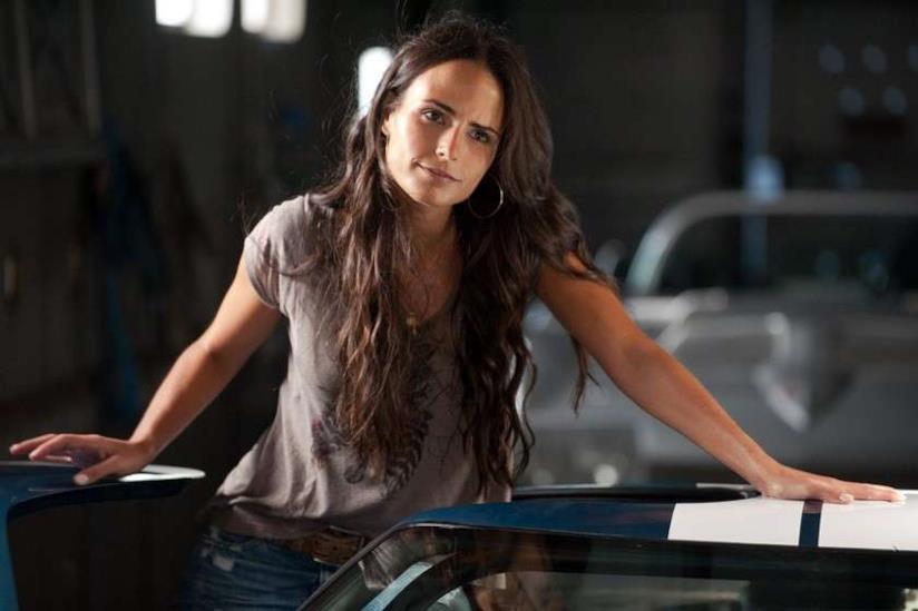 Mia Toretto in una scena di Fast & Furious