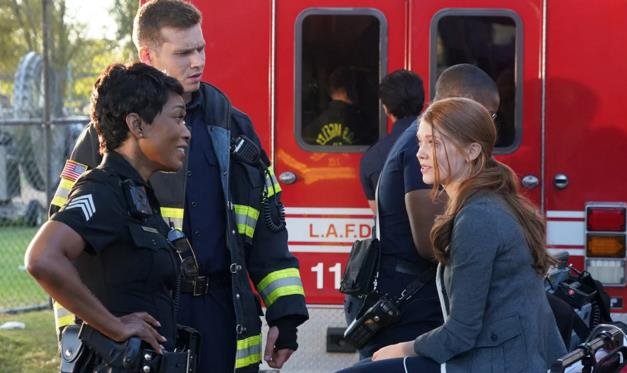 911: un'immagine promozionale dal sesto episodio della seconda stagione