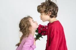Bimbi innamorati