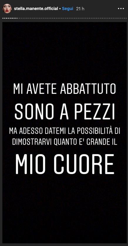Stella Manente chiede scusa su Instagram
