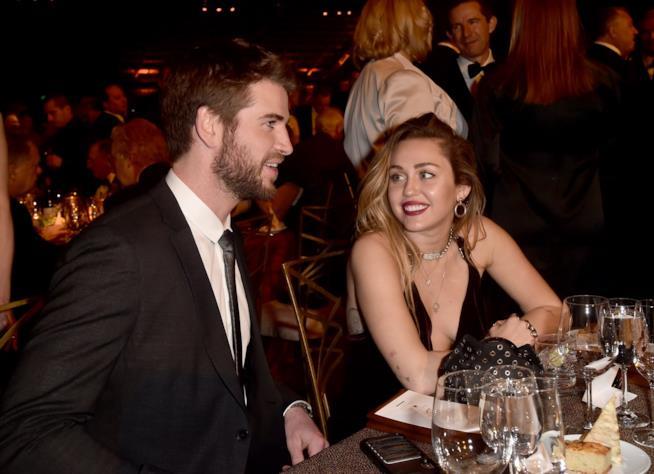 Miley Cyrus e il marito Liam Hemsworth