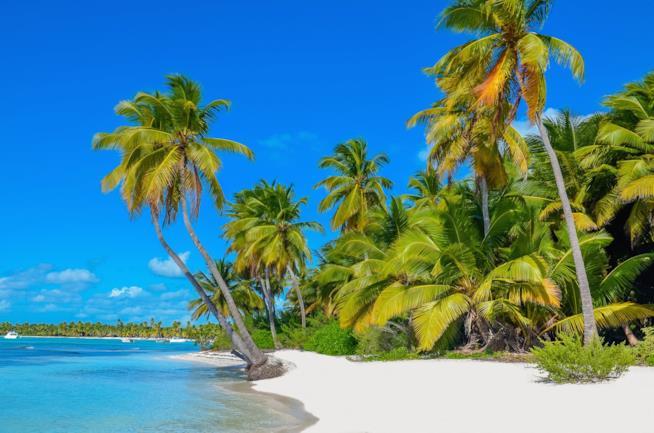 Una spiaggia di Anguilla ai Caraibi