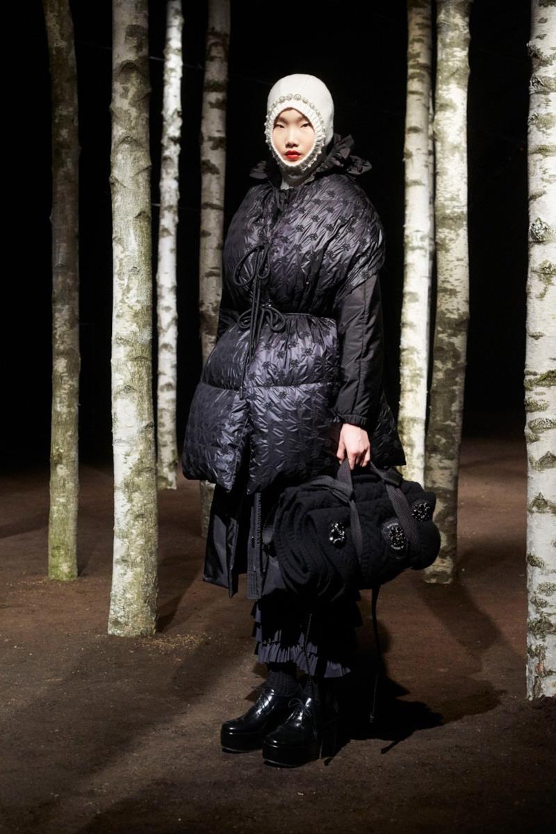 Sfilata MONCLER Collezione Donna Autunno Inverno 19/20 Milano - 100