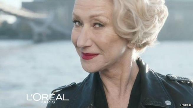 Helen Mirren in un'immagine della campagna di L'Oreal
