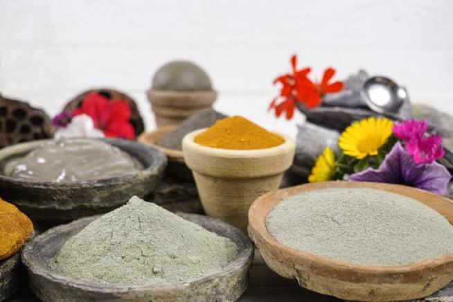 Tipi di argille beige, bianche e rosse