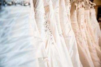 Abiti da sposa in atelier