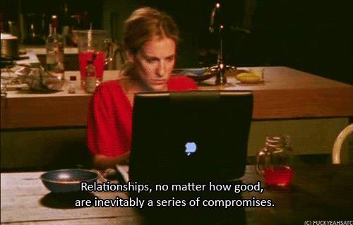 GIF di Carrie Bradshaw mentre scrive